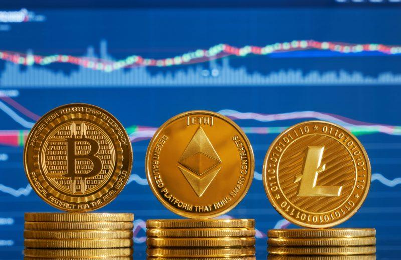 ما هي العوامل المؤثرة في أسعار العملات الرقمية