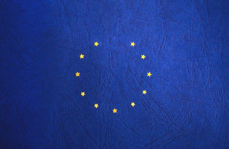 الاتحاد الأوروبي يجرد خمسة دول من حقوقها في الوصول لأسواق المال الأوروبية