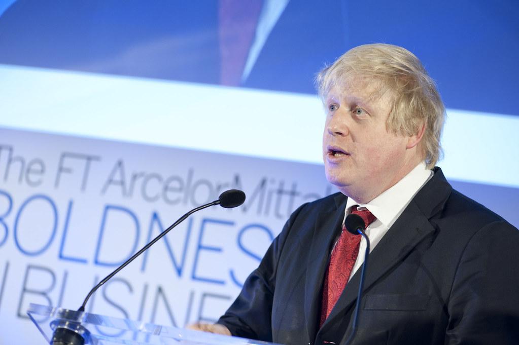 الباوند يستعيد بعض قوته بعد الجدال الدائر بين البرلمان البريطاني والحكومة