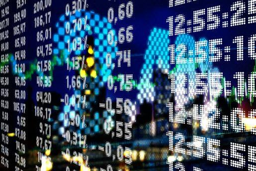 أسواق الاسهم ترتفع وتتوقع بيانات ايجابية لسوق العمل الامريكي