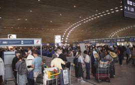خطوط جوية أمريكية تلغي رحلاتها لهونج كونج بسبب اختبارات إلزامية لكورونا
